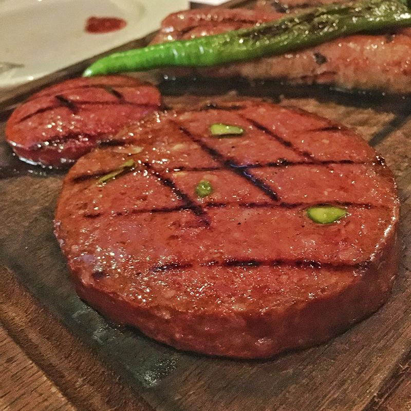 1- Özgür Şef Steakhouse