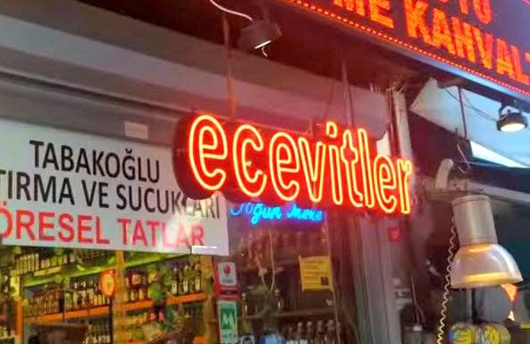 1- Ecevitler Şarküteri, Kadıköy