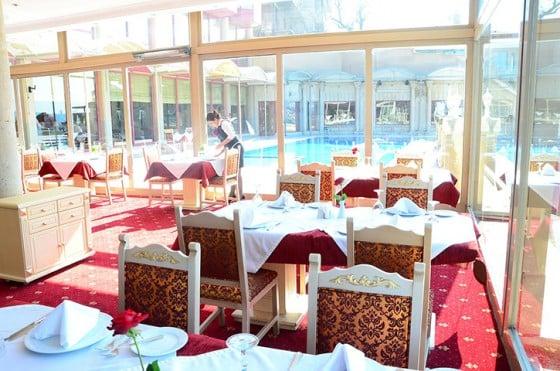 1-sozbir-royal-hotel-iftar-ramazan-yemek-mekan-uskudar-istanbul-harbiyiyorum