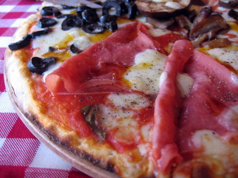 15-Pizzeria-Trio