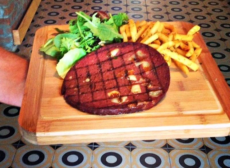 17-Hikmet-steakhouse