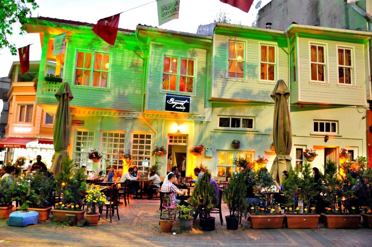 6-beyrut-nostaji-cafe-restaurant