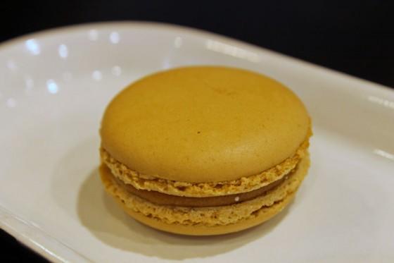 8-karamelli-makaron-h