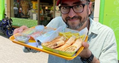 Aksaray'da En İyi Suriye Usulü Tavuk Döner (Şavurma) Nerede Yenir? Anas Chicken, Aksaray, Fatih, İstanbul