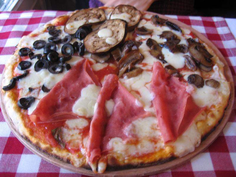 Dört Mevsim Pizza - Pizzeria Trio / Beyoğlu