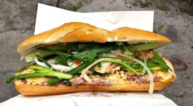 Vietnam'ın soğuk sandviçi Banh Mi