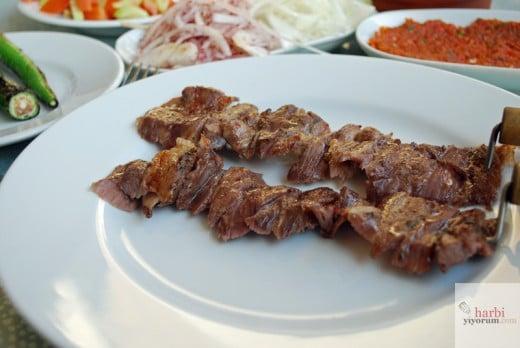 cag-kebabi-meshur-erzurum-cag-kebabi-umraniye-02