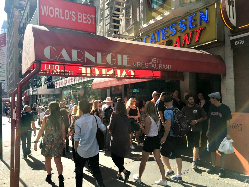 carnegie-deli-manhattan-new-york