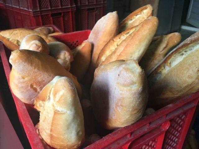 Cunda'da ekmek nereden alınır?