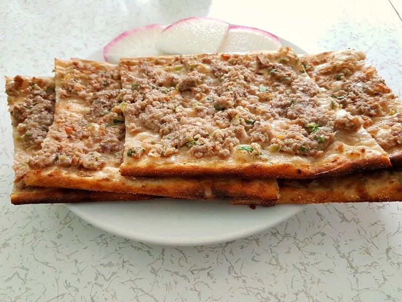 Konya etli ekmek tarifi