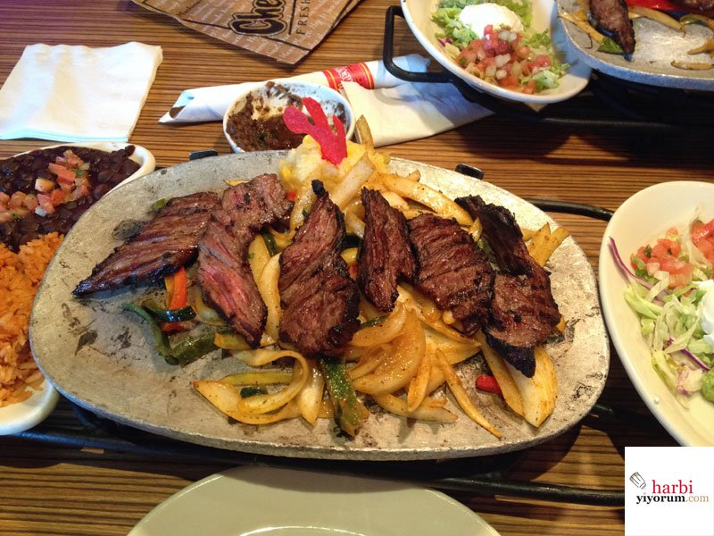 fajita-chevys-mexican-food-new-york-03