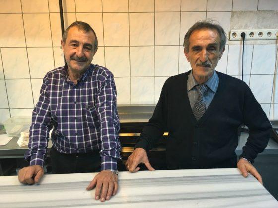 Ömer ve Emir Karamercan Ağaçaltı Restaurant