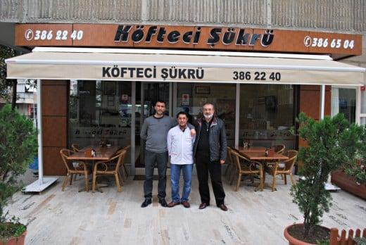 Veysel, Muharrem ve Ahmet - Köfteci Şükrü