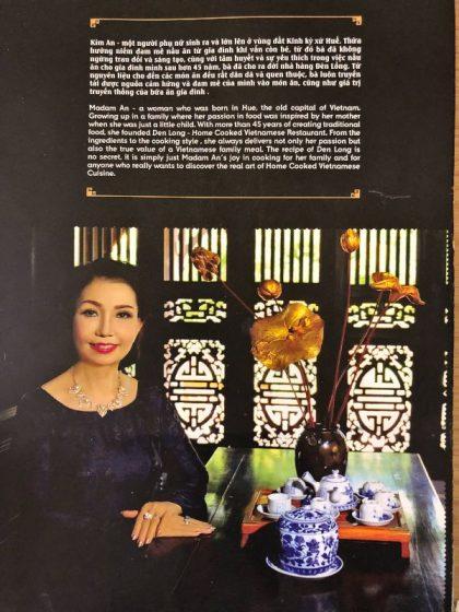 Restoranın sahibi Madam Kim'in süslü bir fotoğrafı