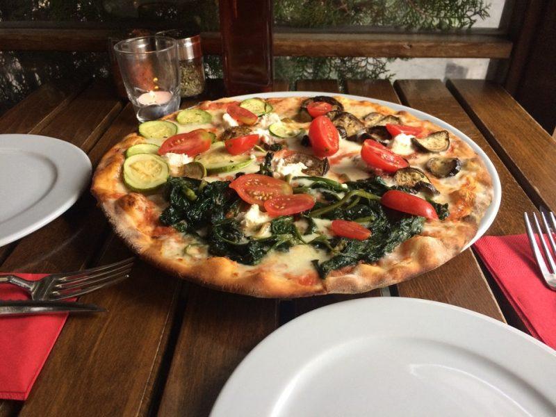 miss_pizza_