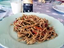 mogol-usulu-tavuk-eriste-noodle-mealbox