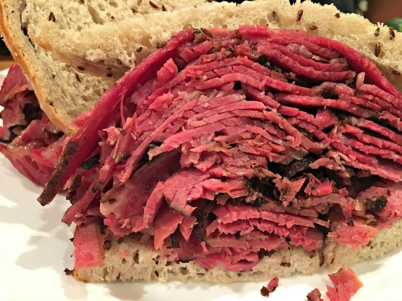 pastrami-carnegie-deli-new-york