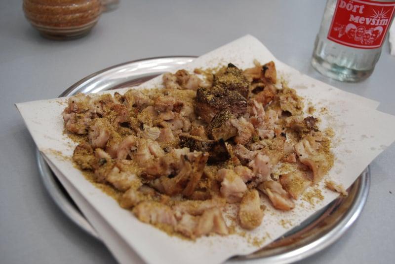 Tabakta Süt Kuzusu Kokoreç, Şen Kardeşler, Akhisar, Manisa