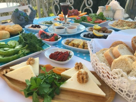 Ayvalık Cunda'da En İyi Kahvaltı Nerede Yapılır?