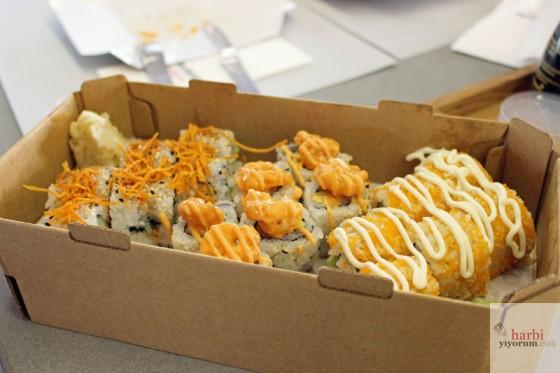 sushi-set-dardenia-fish-sushi-06